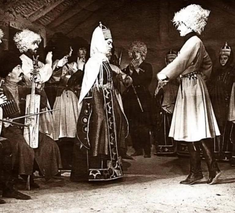 CIRCASSIAN CUSTOMS & TRADITIONS